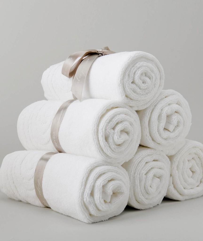 почему нельзя дарить часы, шарфы и полотенца