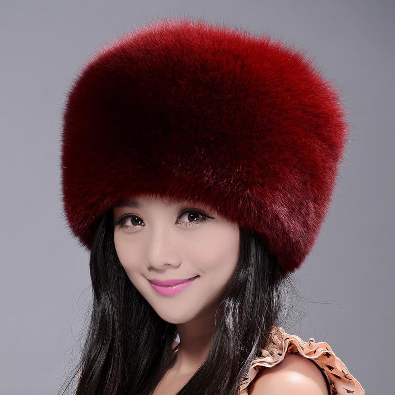 на фото модные меховые шапки 2015 года
