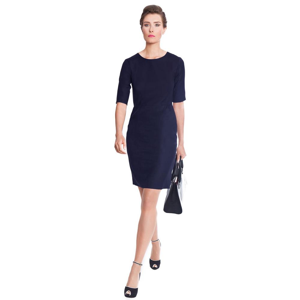 На фото деловое платье 2015 года